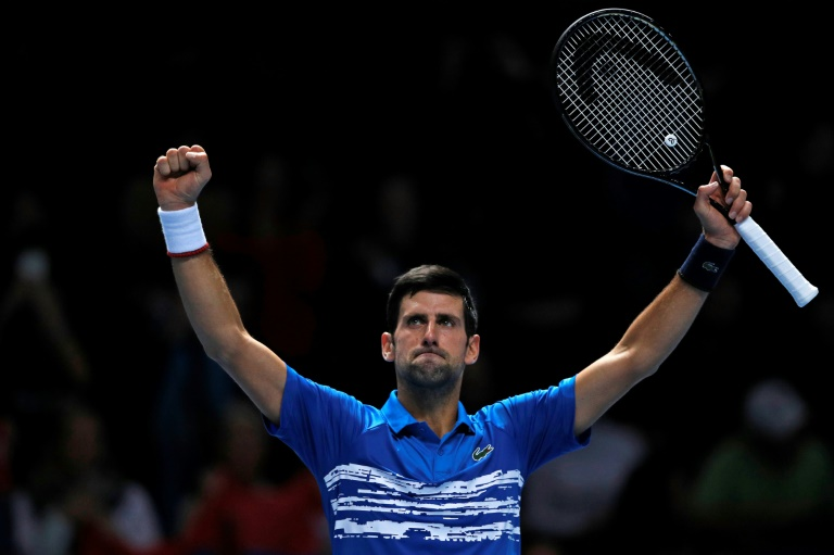 Federer eliminado de Wimbledon, Djokovic pasa a semifinales