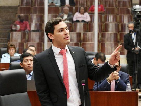 Diputado Vásquez presenta anteproyecto Anticorrupción