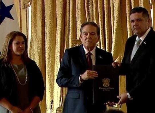Presidente Cortizo informa salida de los ministros de Seguridad y Gobierno