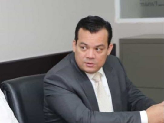 """CNA pide al Gobierno no dejarse """"influenciar"""" para modificar profesiones restringidas"""