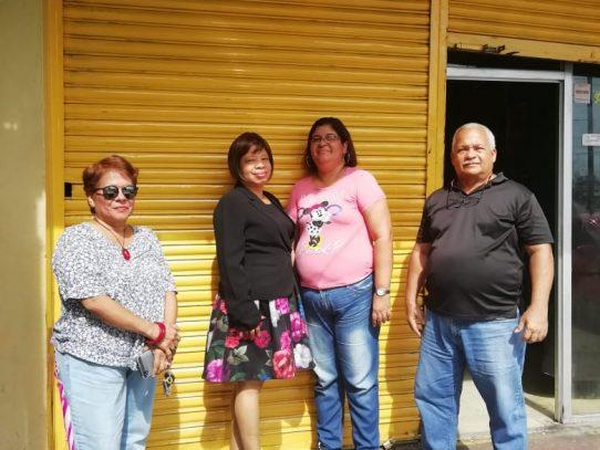 Juez de Paz de Rufina Alfaro queda en la calle por morosidad en alquiler de 4 años