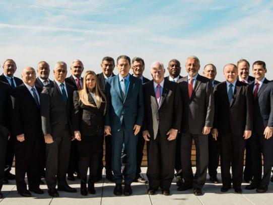 Directivos y asesores del Canal analizan desempeño de la vía interoceánica