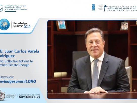 Juan Carlos Varela sigue de viaje en medio del escándalo #Varelaleaks
