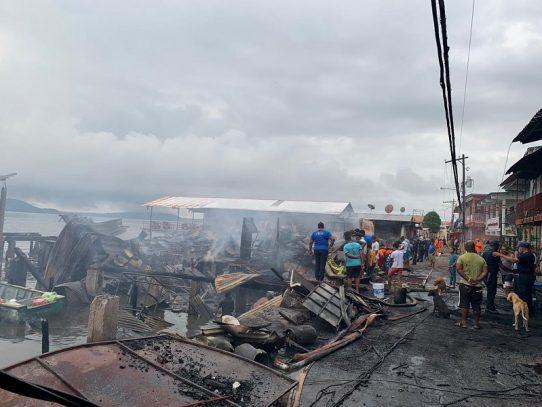 Incendio consume comercios en La Palma, Darién