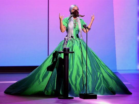 Lady Gaga brilla en los MTV Video Music Awards