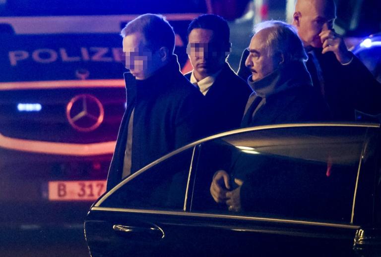 Potencias mundiales inician reunión para tratar de llevar la paz a Libia