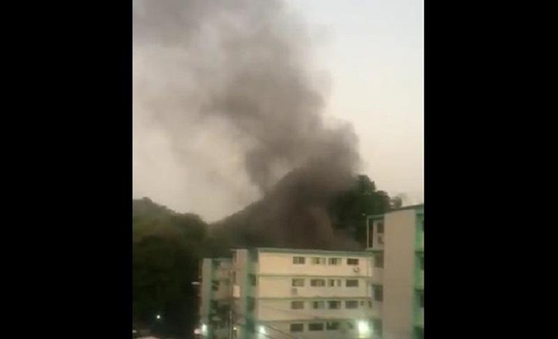 Bomberos controlan incendio en edificio de La Locería, hay un herido