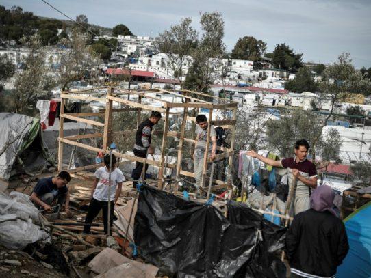 Contexto político y crisis económica alimentan rechazo de griegos a migrantes