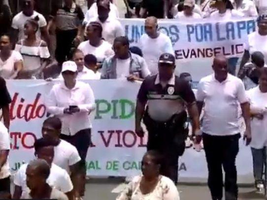 Moradores de Calidonia marcharon para pedir alto a la violencia