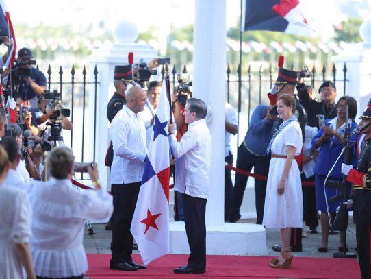 Mariano Rivera, abanderado de este 4 de noviembre en la ciudad capital