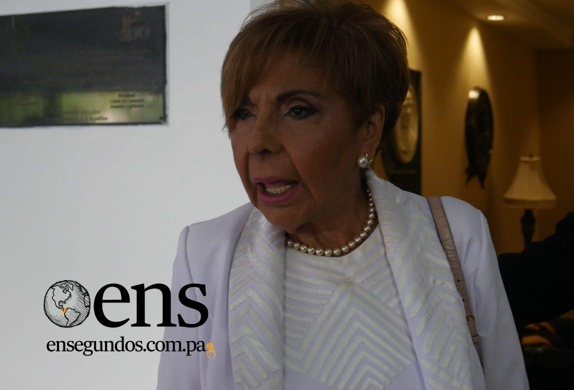 """""""La plana mayor de la Lotería Nacional debe renunciar"""", afirmó Mayín Correa"""