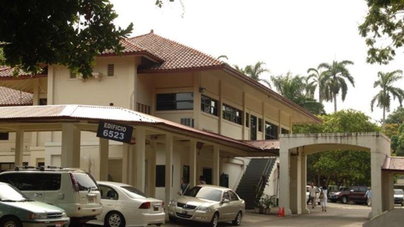 Meduca: ningún funcionario puede solicitar dinero para separar cupos en escuelas