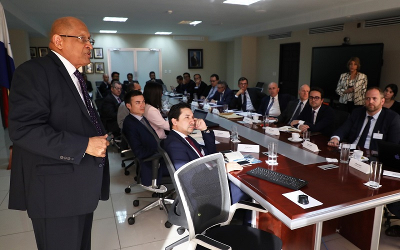 Mef: Franceses interesados en invertir en Panamá