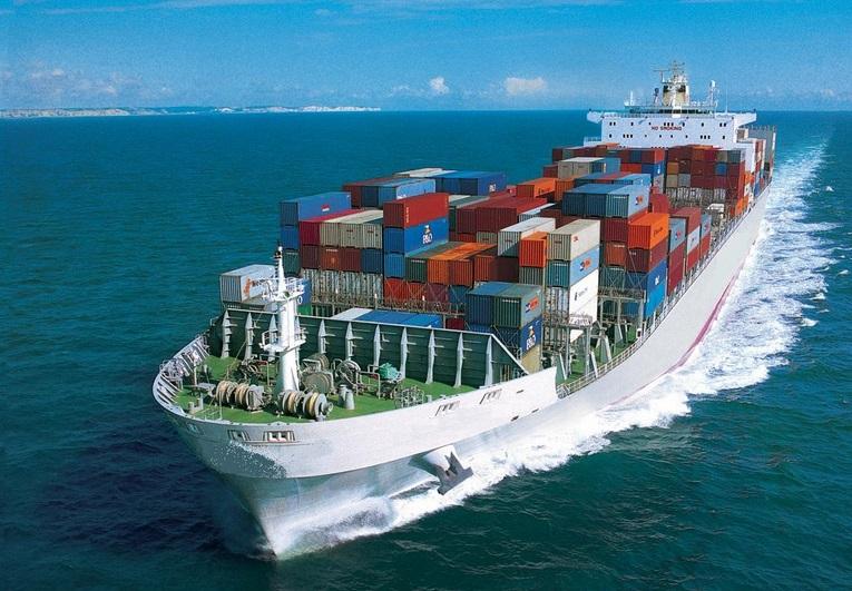 El Covid-19 recorta el comercio marítimo y transforma la industria
