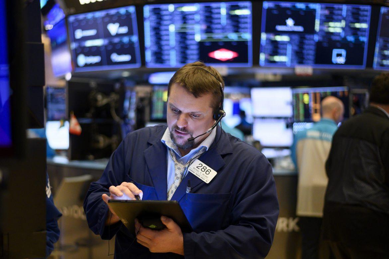 Wall Street termina en negativo golpeada por Amazon