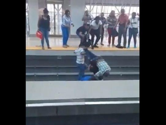 Metro de Panamá defiende su proceder por incidente con anciano