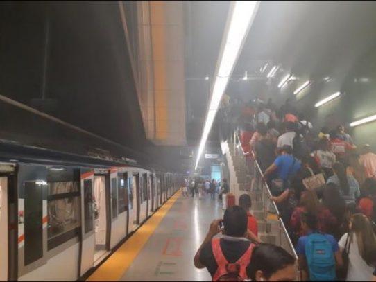 Metro ordena revisión en sistema neumático y de frenos de la Línea Uno