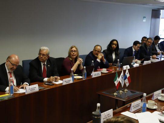 Panamá se promociona en México como Centro Logístico Regional