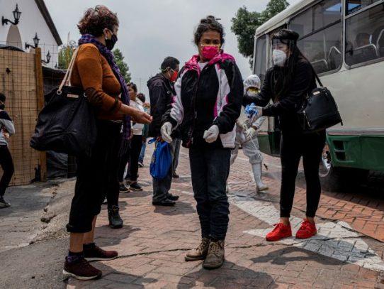 Cifras ocultas: México desatiende ola de muertes en la capital