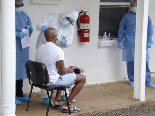 Ministro de Salud y el Defensor del Pueblo abordan el tema de la salud en las cárceles