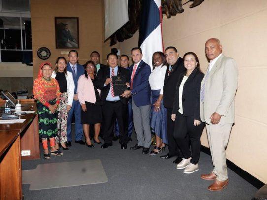 Crean fondo económico para familias que necesiten tratamiento en el exterior