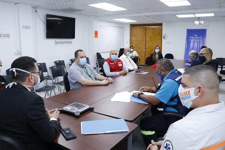 Instituciones buscan fortalecer acciones para traslados de pacientes en ambulancias