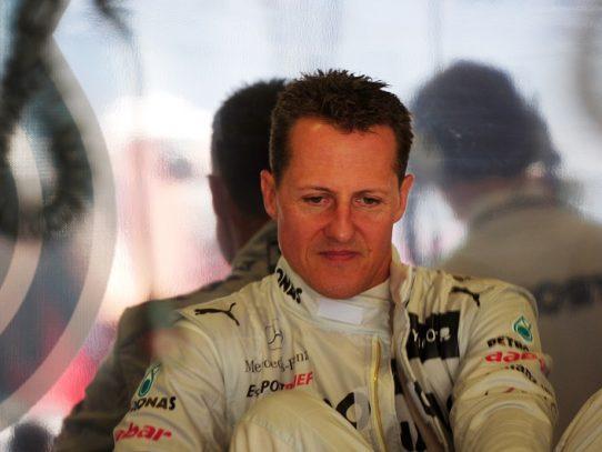 Michael Schumacher es hospitalizado en París, según Le Parisien