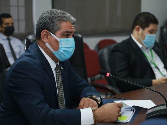 Ministro de Salud sustenta traslado de partida por más de 18 millones de dólares