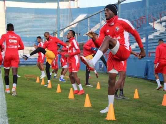 Onceno nacional tuvo su primer entrenamiento en Montevideo
