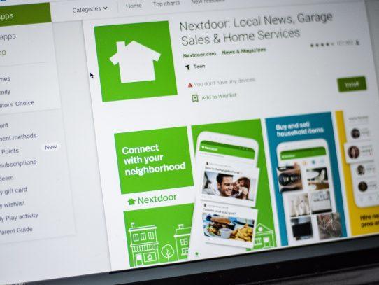 El aislamiento por la COVID-19 acerca a vecinos en la red Nextdoor