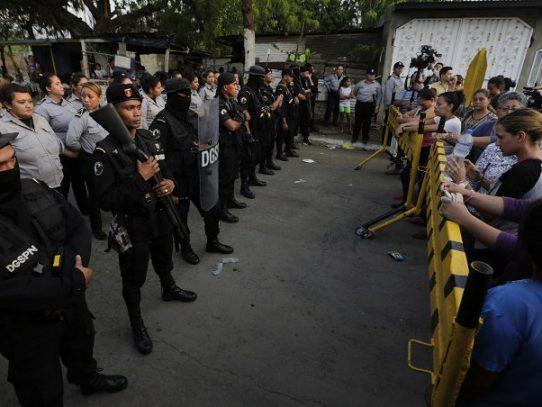 Al menos 17 opositores heridos en un motín en cárcel de Nicaragua