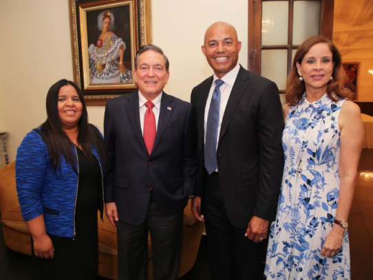 Cortizo aprovechará viaje a EE.UU. para acompañar a Rivera en su inducción al Salón de la Fama