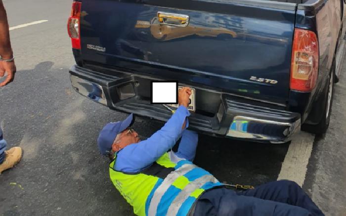 Detectan 85 infractores en operativo por placas vencidas en el distrito capital