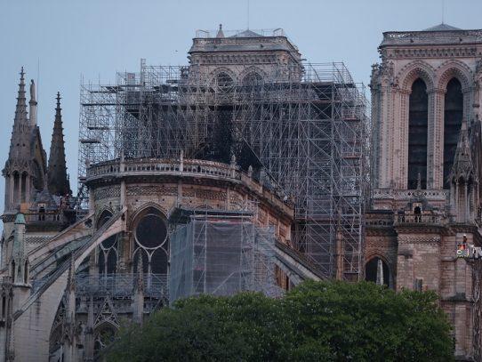 Descubrimiento milagroso podría salvar el reloj de Notre Dame de París