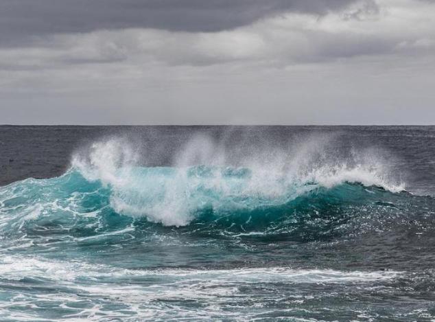 Aviso de prevención por fuertes oleajes hasta este viernes en el Pacífico