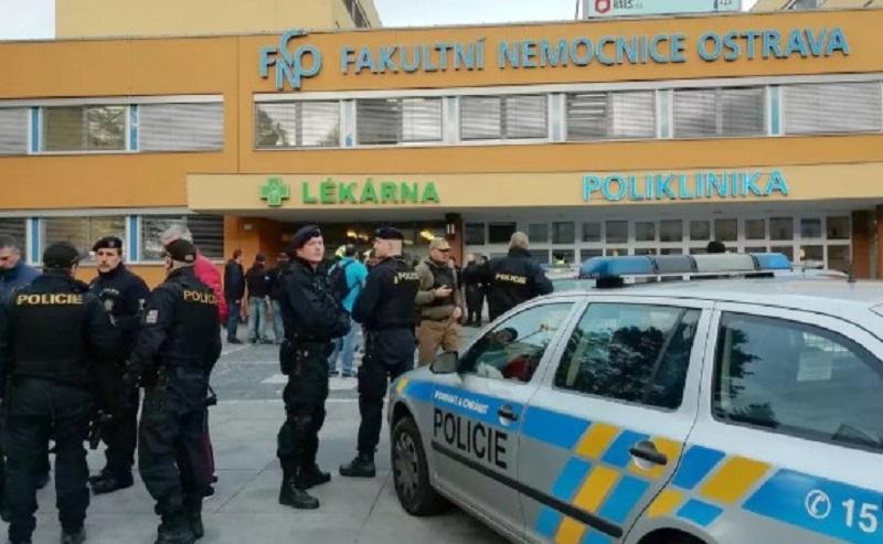Seis muertos en tiroteo en un hospital público en República Checa