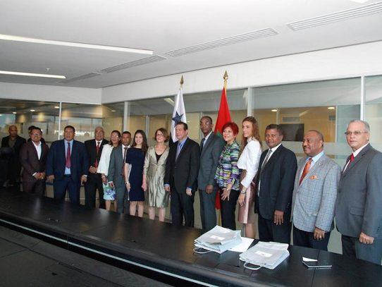 Instalan grupo de amistad Panamá-Marruecos