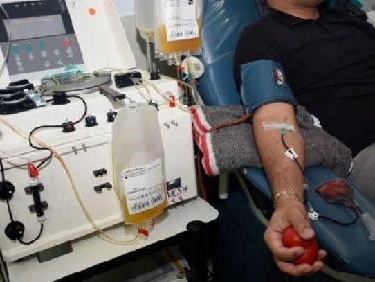 Pacientes hipertensos y con diabetes bien controlada pueden donar sangre y plasma convaleciente