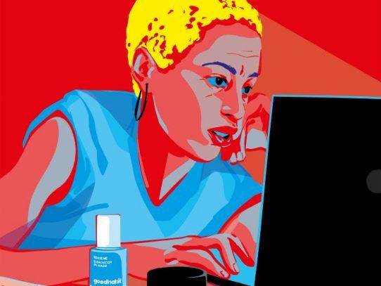 ¿Qué le está haciendo a tu piel todo ese tiempo frente a las pantallas?