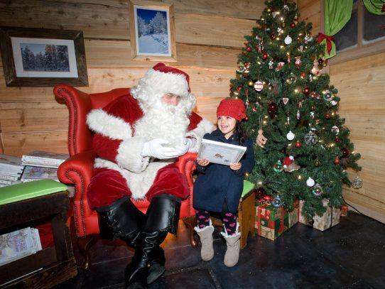 En Londres, Papá Noel se prepara ya para unas Navidades con distanciamiento social