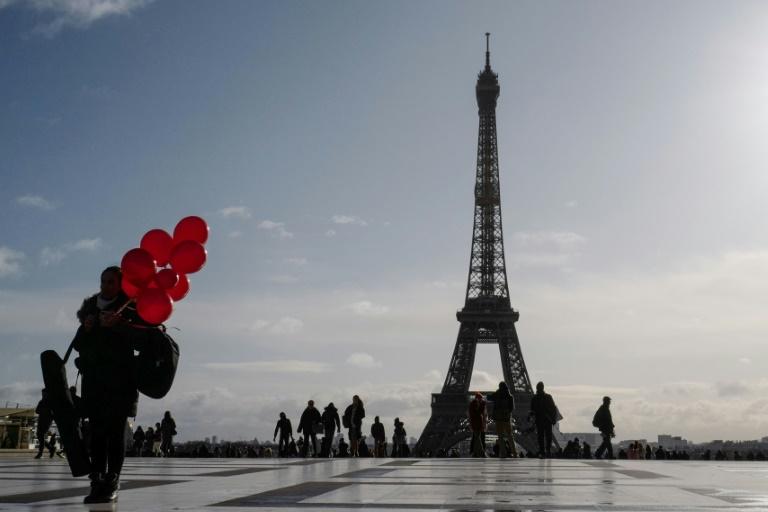 Robo de diez millones de euros en joyas en París