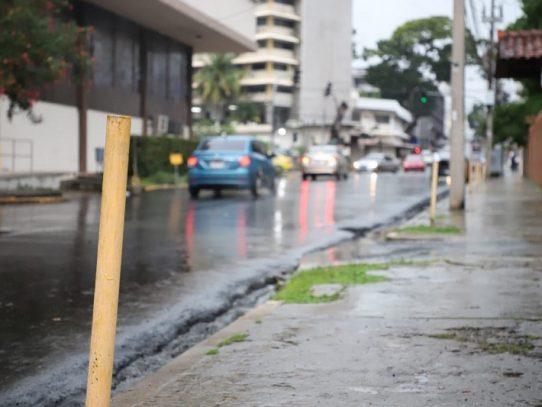 Alcaldía de Panamá busca alternativa a los parquímetros