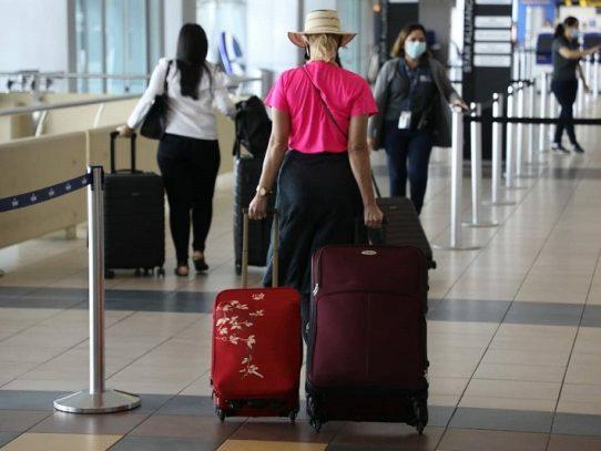 Panamá suspende el ingreso de personas provenientes del Reino Unido