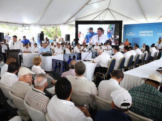 Remozarán estructuras para potenciar el turismo en Pedasí y Tonosí
