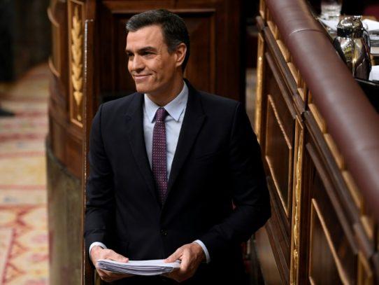 Sánchez pide terminar con el bloqueo en España y defiende diálogo en Cataluña