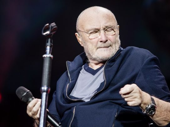 Una canción de Phil Collins vuelve a los rankings por un video viral
