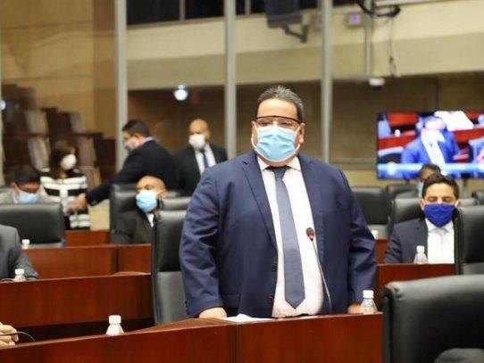 Se suspenden cambios al Reglamento Legislativo