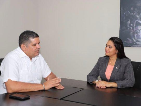 Molirena busca reemplazo para Grajales en el MINGOB