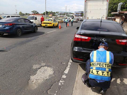 Detectan 107 infractores en segunda jornada de placas vencidas