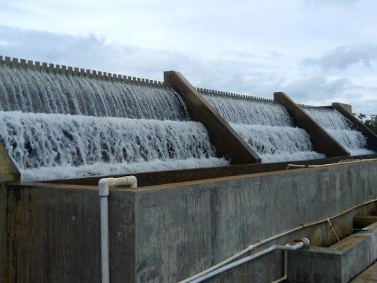 Varios sectores de Arraiján sin agua por turbiedad en toma de agua